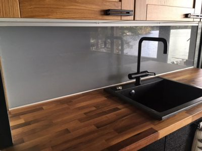maakunnan-lasi-keittion-valitilan-lasi2