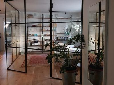 maakunnan-lasi-ristikko-lasiseina
